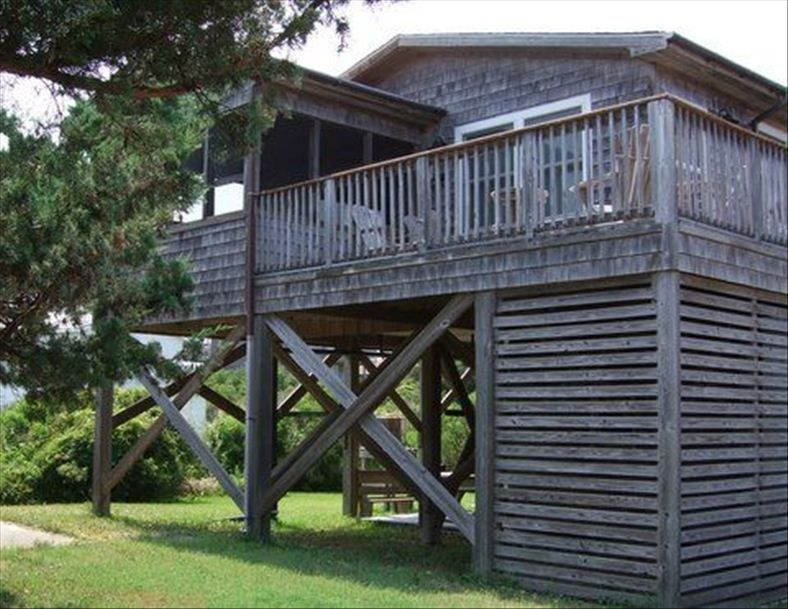Cozy cottage steps to the beach your vrbo for Hatteras cabins rentals