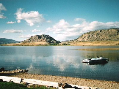 Beautiful view of Osoyoos lake and mountains