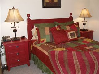 Lake Toxaway house photo - Comfortable Queen Size Bed on Lower Level with walk-in closet/additional dresser