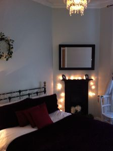 'SO MUCH MORE THAN 'JUST A HOTEL ROOM' Stylish City Centre 1 Bedroom ApartmeR