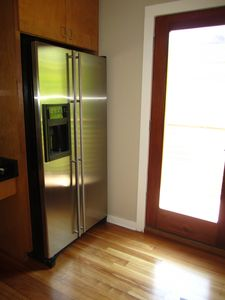 Stainless refrigerator with ice maker and water