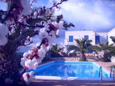 Villa with pool and garden in Selinunte