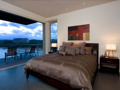 Master Bedroom #1 with private Lanai