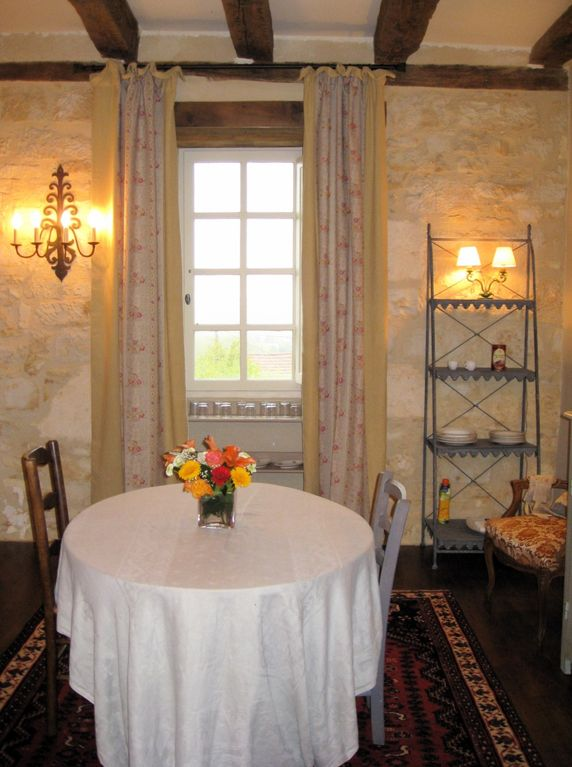 Breakfast/reception room