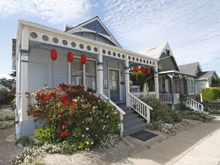 Pacific Grove cottage photo - Historic Cottage at the Cove