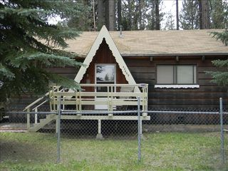 Big Bear Lake cabin photo - Large Fence Front & Back Porches
