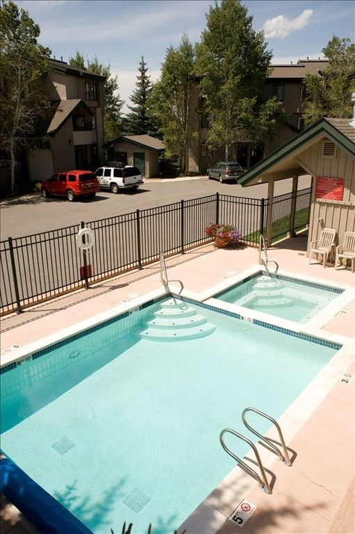 hot tub & heated pool- great in winter with snow all around - shared by 20 units
