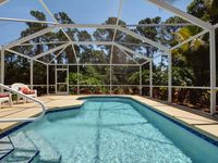 Beautiful And Relaxing Pool Home 3/2
