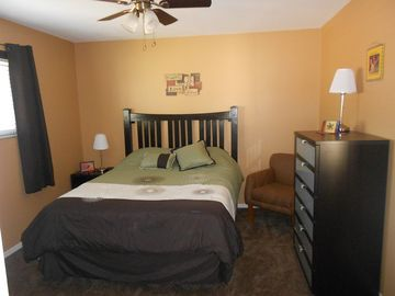 Old Town Scottsdale condo rental - Cozy Master Bedroom with queen size bed, night stand table, dresser and closet
