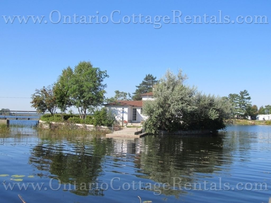 Little island charm f371 homeaway port severn for Fish rock rentals