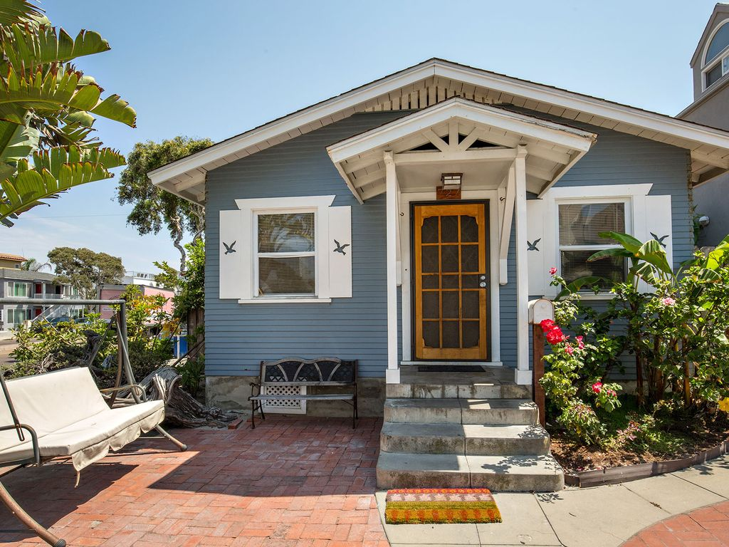 Charming Beach House 100 Yards To Sand Vrbo