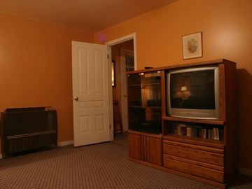 The Lakeview living room and entertainment area.