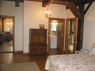 South Haven cottage photo - Main Floor Master with adjoining full bathroom & walk-in closet
