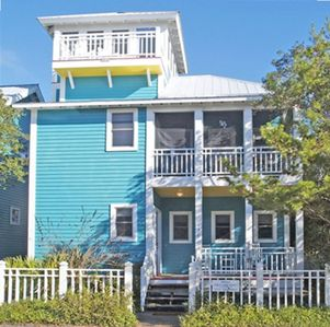 Winward Exterior - Cottage Rental Agency Seaside, Florida