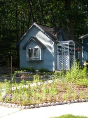 Honor cottage photo - Guest house for a couple or the kids--included!!!