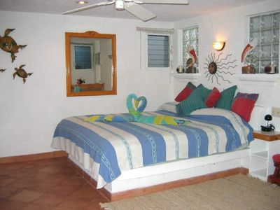 The casita is cozy, cool and has a king sized bed for your comfort.