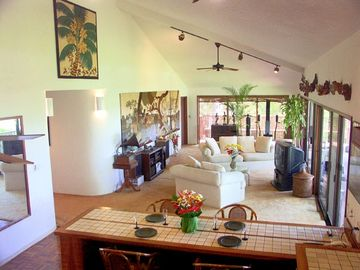 Waikoloa Village house rental - Lots of living space - lots of windows