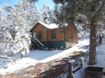 Peter Pan cabin rental - A Cozy and Affordable Getaway.
