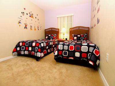 Nicely decorated twin room