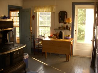 Vinalhaven farmhouse photo - kitchen