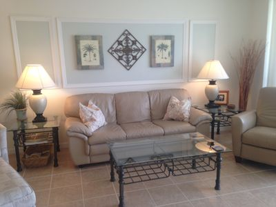 Gorgeous Colonial Country Club Condo Overlooking Water