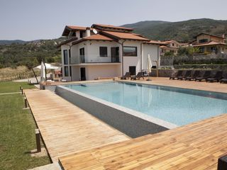 Fuscaldo villa photo - Particular of the infinity pool