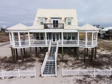 Dauphin Island house rental - SEAS THE DAY only steps away from the Gulf of Mexico!