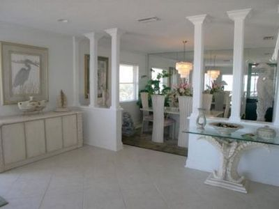 Indian Rocks Beach condo rental - Elegant Dining Area
