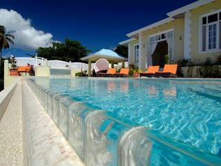 Lance Aux Epines villa photo - Infinity edge pool