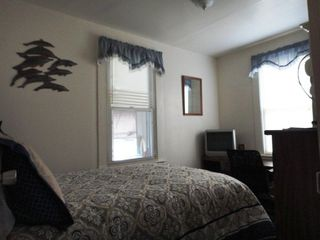 Virginia Beach cottage photo - Third Bedroom with full size bed.