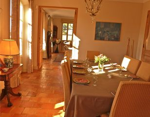 Aix-En-Provence house photo - the dining room leads in to the drawing room