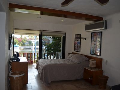 Great Waterfront Townhome Just Remodeled New In The Vacation Rental Market