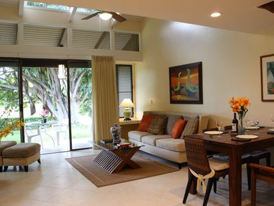Kahuku - Turtle Bay townhome rental - Living room with open lanai beyond