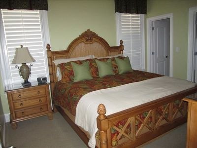 Second king size bed in third bedroom