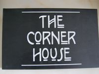 The Corner House is a cosy and comfortable cottage in the heart of Woodstock
