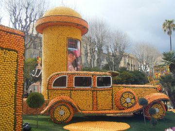 The citrus festival at Menton