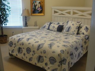 Gulf Shores cottage photo - Queen bed in second bedroom