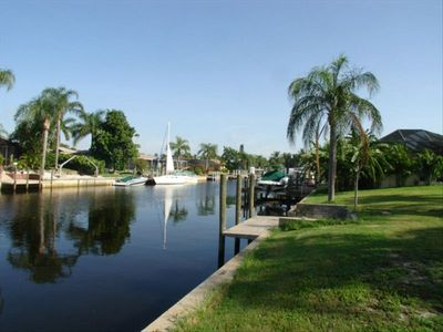 Gulf Access Waterfront Home! Dock your boat in the back yard!