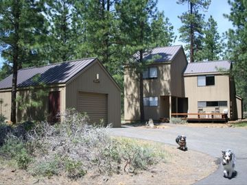 Black Butte Ranch house rental - Front of House....Dogs not included