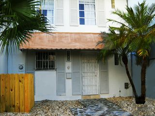 North Miami townhome photo - Front Door