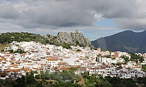 Cortes de la Frontera villa photo - One of the famous white villages nearby: Gaucin