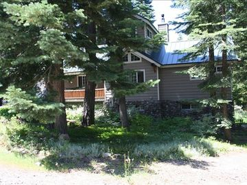 Chambers Landing cabin rental - Front of Cabin, summer