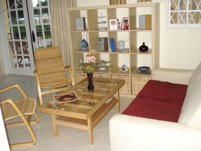 Upscale furnished holiday apartment in quiet road with pool close to golf club
