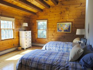 Rhinebeck cabin photo - Upstairs Bedroom With Two Twin Beds