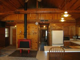 Eagle Mountain Lake house photo - Great room w. vaulted ceiling; loft over fireplace