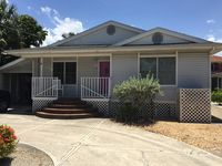 Canal Home With Dock And Accessible Ramp Close To Times Square And Fishing Pier