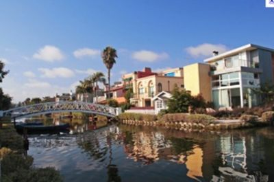 The Venice Canals are a quick bikeride away