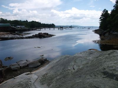 Cove Cottage Granite Ledges: A Classic Downeast View