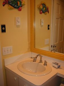 Provincetown condo rental - Bathroom