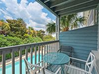 Cozy studio unit ~ Steps from the emerald coast beaches ~ Close to Alys mynewfeed Rosemary Beach!
